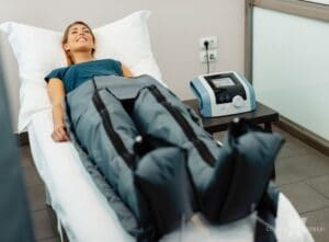 Tratamento de compressão para linfedema de membros inferiores